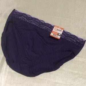 Warner's No Muffin Top Hi-Cut Panties W/ Lace